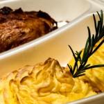 catering-oradea-Friptura-de-ceafa-cu-chimen---Cartofi-Duchees
